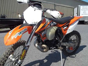 ktm 200 xc w 2013 used motorcycle for sale in cornwall ontario. Black Bedroom Furniture Sets. Home Design Ideas