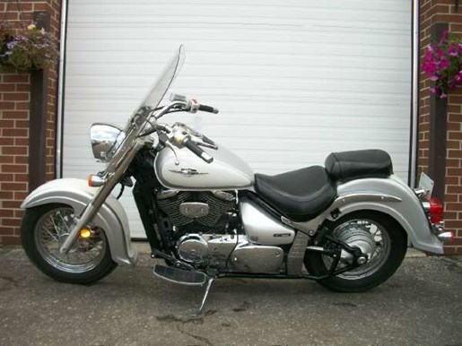 2007 Suzuki Boulevard C50 Photo 8 of 11