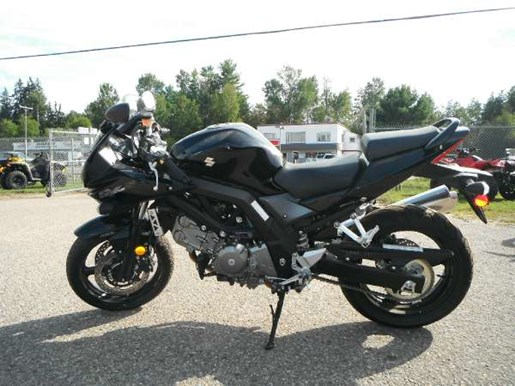 2011 Suzuki SV650SA ABS Photo 3 of 5