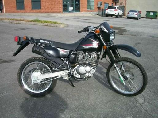 2011 Suzuki DR200SE Photo 1 of 12