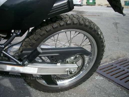 2011 Suzuki DR200SE Photo 11 of 12