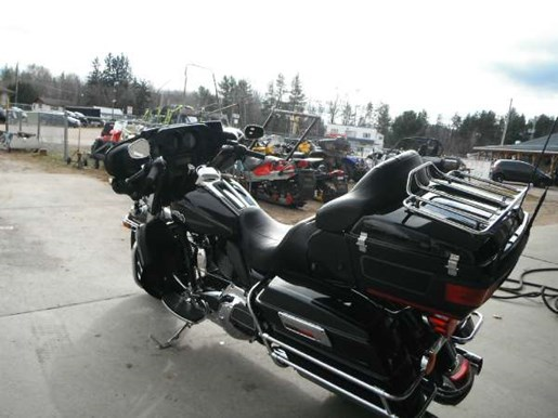 2009 Harley-Davidson Ultra Classic Electra Glide Photo 3 of 5