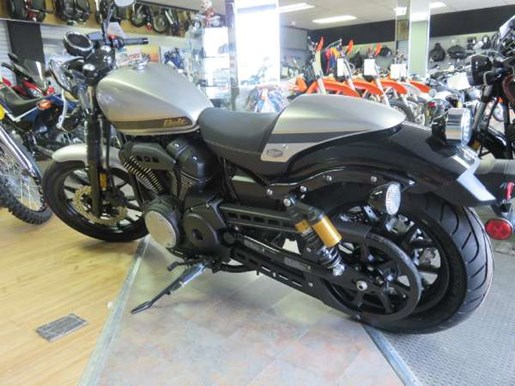 2015 Yamaha Bolt C-Spec Photo 4 of 4