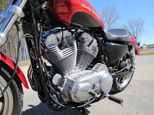2013 Harley-Davidson XL883L - SPORTSTER SUPERLOW Photo 2 of 12
