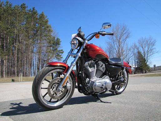 2013 Harley-Davidson XL883L - SPORTSTER SUPERLOW Photo 3 of 12