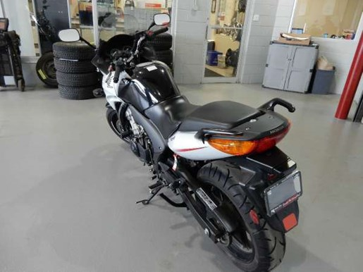 2012 Honda CBF600S Photo 4 of 10