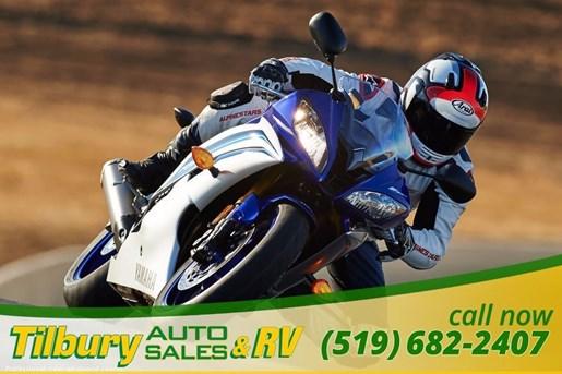 2016 Yamaha YZF-R6 Super Sport Photo 10 of 15