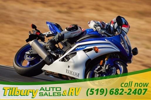 2016 Yamaha YZF-R6 Super Sport Photo 11 of 15