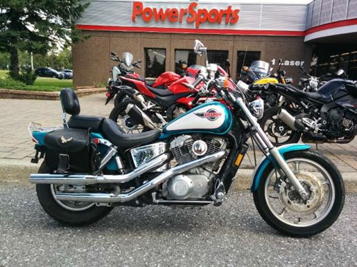 1993 Honda Shadow VT1100 Photo 1 of 3