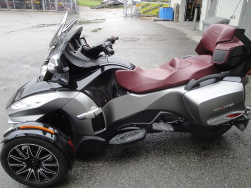 can am spyder rt s special series 2015 new motorcycle for sale in uxbridge ontario. Black Bedroom Furniture Sets. Home Design Ideas