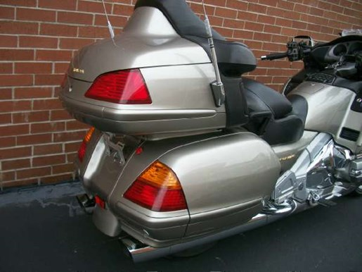 2003 Honda Gold Wing  ABS Photo 14 of 31