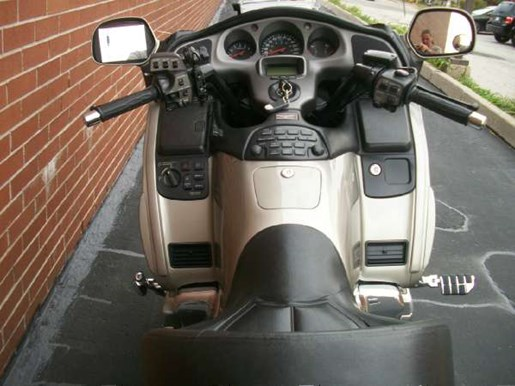 2003 Honda Gold Wing  ABS Photo 20 of 31