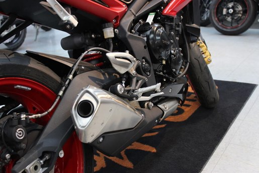 2016 Triumph Street Triple RX ABS Photo 4 of 4