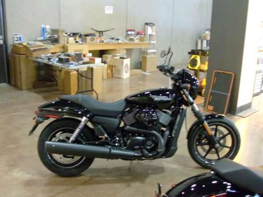 2017 Harley-Davidson Harley-Davidson Street 750 Photo 2 of 3