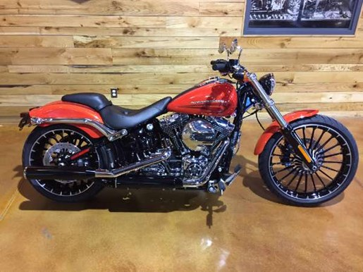 2017 Harley-Davidson Breakout Photo 1 of 8