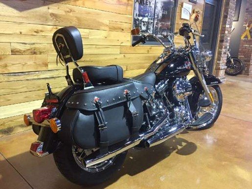 2017 Harley-Davidson Heritage Softail Classic Photo 6 of 9