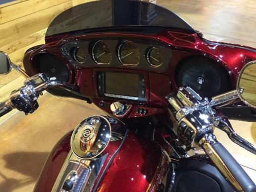 2014 Harley-Davidson CVO Limited Photo 11 of 13