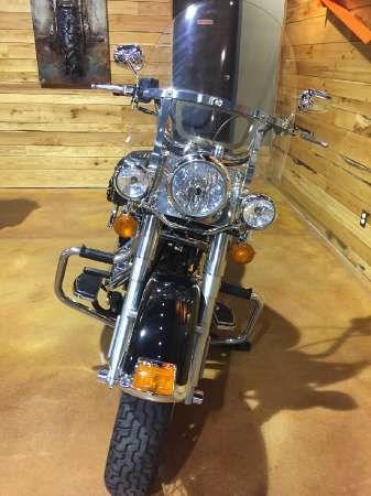 2007 Harley-Davidson Heritage Softail Classic Photo 3 of 9