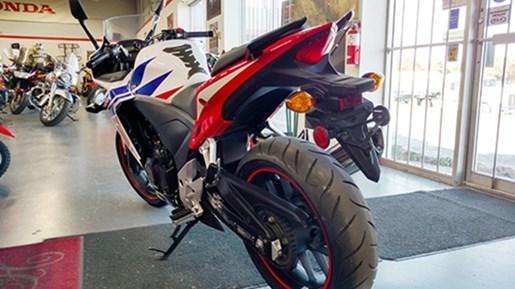 2014 Honda CBR500RTAE Photo 3 of 3
