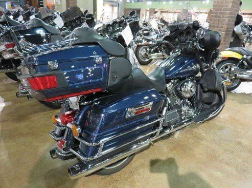 2008 Harley-Davidson Ultra Classic Electra Glide Photo 2 of 6