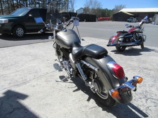 2006 Honda Shadow® Sabre™ Photo 5 of 9