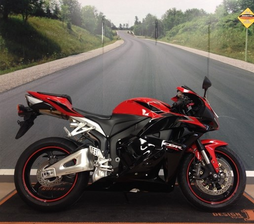 2011 Honda CBR® 600RR Photo 1 of 1