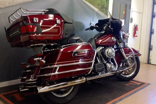 2004 Harley-Davidson FLHTCUI - Electra Glide® Ultra Classic® Photo 6 of 6