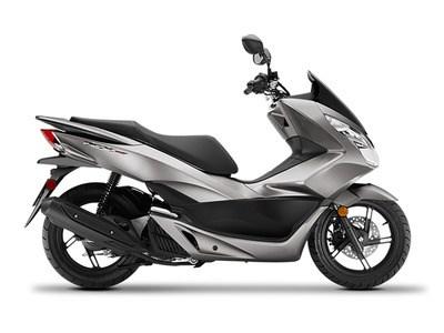 2016 Honda PCX®150 Photo 1 of 1