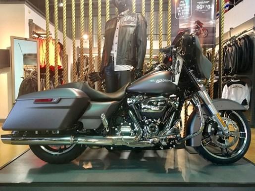 2017 Harley-Davidson FLHXS - Street Glide® Special Photo 1 of 7