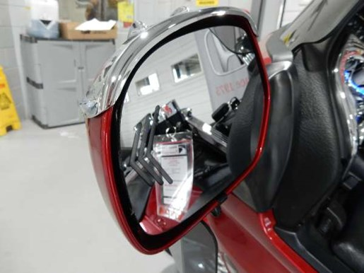 2016 Honda Gold Wing ABS Candy Prominence Red Photo 13 of 32