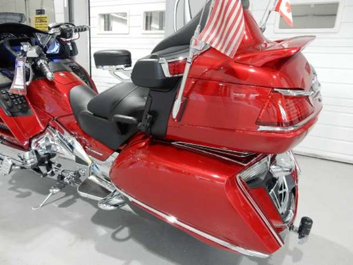 2016 Honda Gold Wing ABS Candy Prominence Red Photo 19 of 32