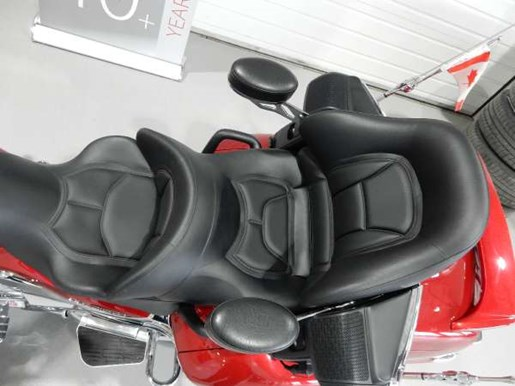 2016 Honda Gold Wing ABS Candy Prominence Red Photo 23 of 32