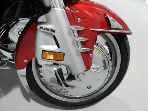 2016 Honda Gold Wing ABS Candy Prominence Red Photo 27 of 32