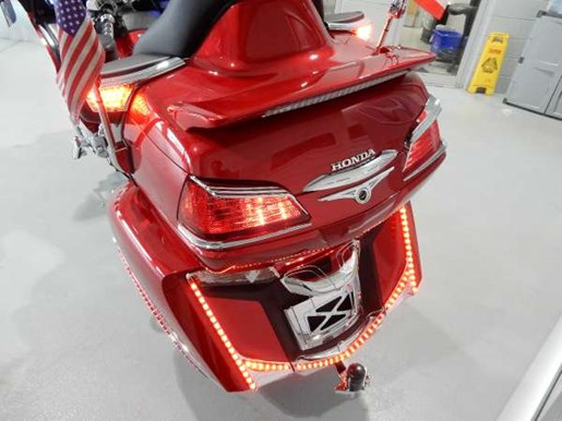 2016 Honda Gold Wing ABS Candy Prominence Red Photo 29 of 32