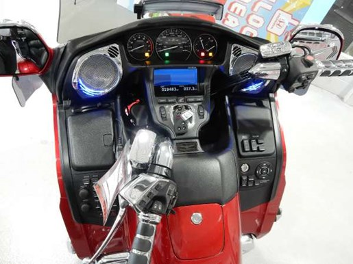 2016 Honda Gold Wing ABS Candy Prominence Red Photo 32 of 32