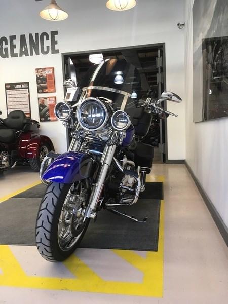 2008 Harley-Davidson FLHRSE4 - CVO® Road King® Photo 4 of 15