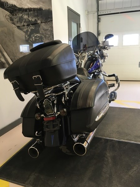 2008 Harley-Davidson FLHRSE4 - CVO® Road King® Photo 12 of 15