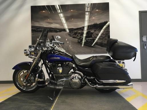 2008 Harley-Davidson FLHRSE4 - CVO® Road King® Photo 14 of 15