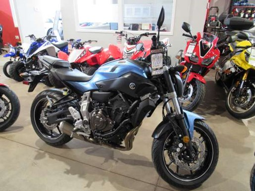 yamaha fz 07 abs pale metallic blue 2017 new motorcycle for sale in charlottetown prince edward. Black Bedroom Furniture Sets. Home Design Ideas