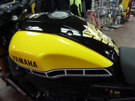 2016 Yamaha XSR900 60th Anniversary Yellow / Black Photo 5 of 7
