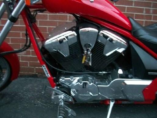 2013 Honda VT1300CXA Fury Photo 3 of 17