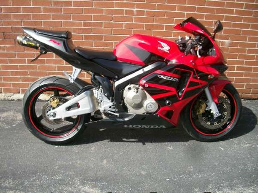 2004 Honda CBR600RR Photo 1 of 18