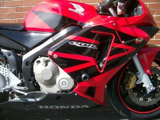 2004 Honda CBR600RR Photo 2 of 18