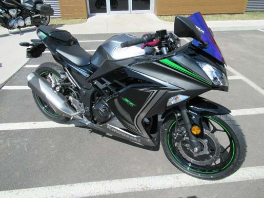 kawasaki ninja 300 abs se 2015 used motorcycle for sale in charlottetown prince edward island. Black Bedroom Furniture Sets. Home Design Ideas