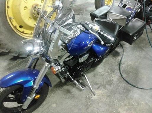 2006 Suzuki Boulevard M50 Photo 2 of 2