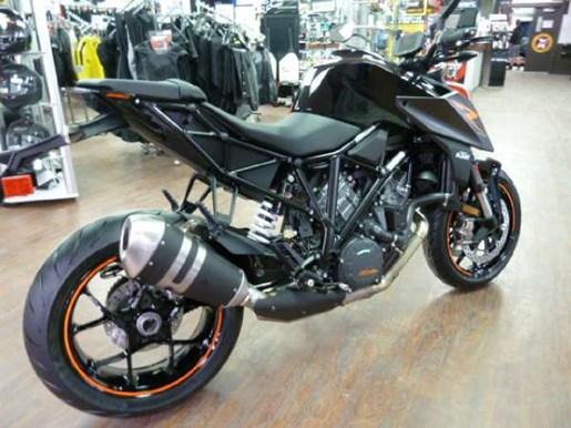 Ktm Dealers Ontario >> KTM 1290 Super Duke R Black 2017 New Motorcycle for Sale in Fenwick, Ontario - MotorcycleDealers.ca