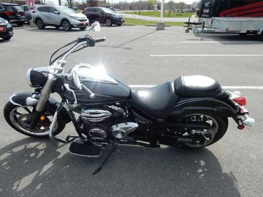 2011 Yamaha V-Star 950 Photo 7 of 17