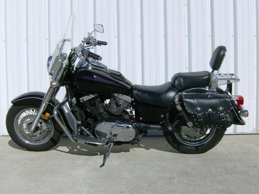2003 Kawasaki Vulcan 1500 Classic Photo 4 of 4