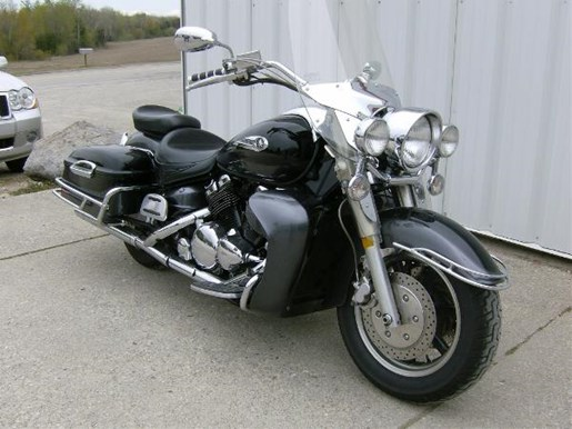 2005 Yamaha Royal Star Tour Deluxe Photo 2 of 4