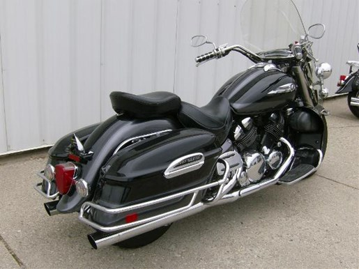 2005 Yamaha Royal Star Tour Deluxe Photo 3 of 4